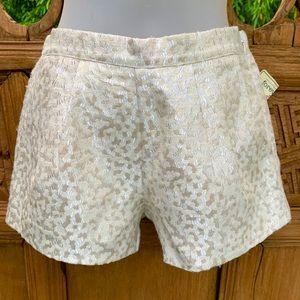 FOREVER 21 Cream Metallic Thread Pleated Shorts